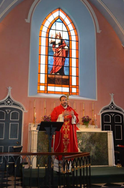 Mass said by Canon Richard Hearn in the Chapel